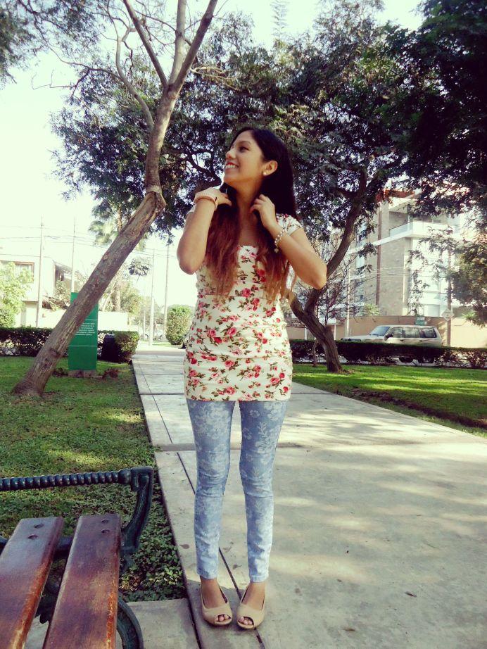jeans floreados
