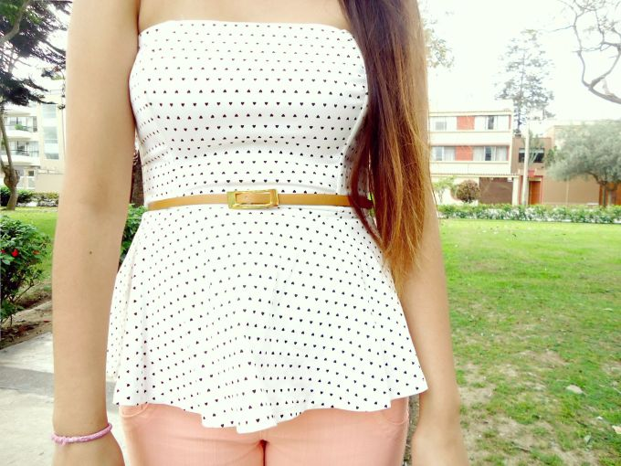 peplum top blanco